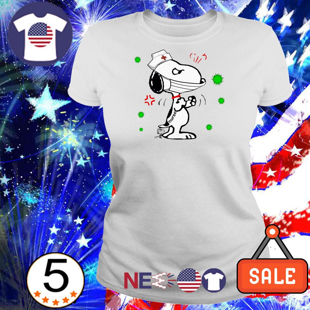 Snoopy tattoos nurse fighting Coronavirus shirt